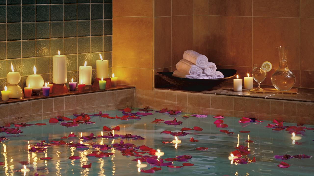 how to keep a bath hot