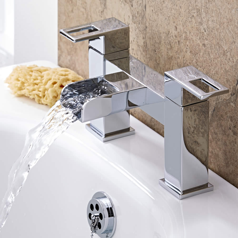 chrome bath filler tap with waterfall spout