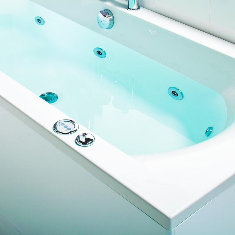 The Whirlpool Bath Buyer\'s Guide | Big Bathroom Shop