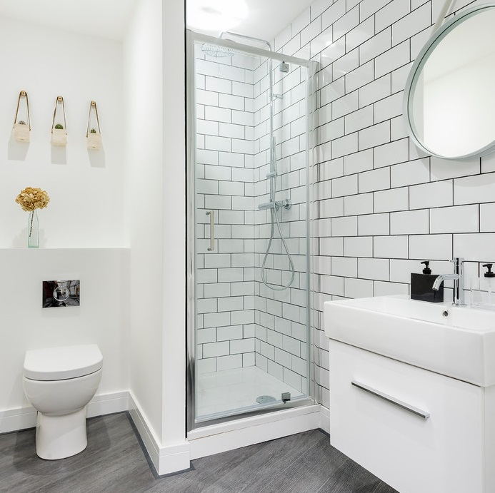 https://www.bigbathroomshop.co.uk/info/blog/wp-content/uploads/2016/07/small-shower-room-ideas.jpg