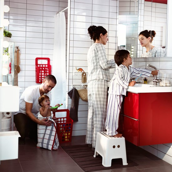 child friendly bathroom with family