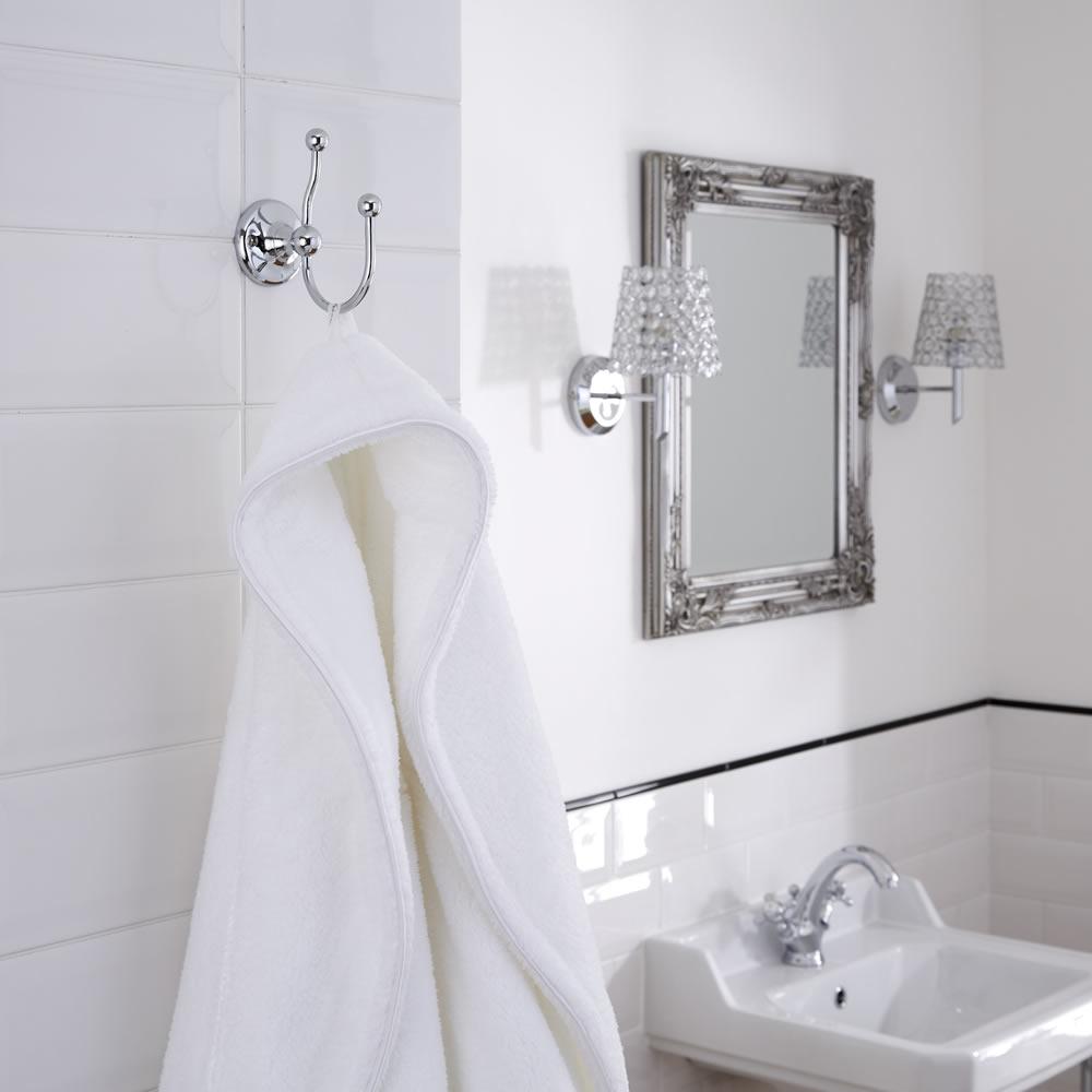 10 Timeless & Traditional Bathroom Ideas | Big Bathroom Shop