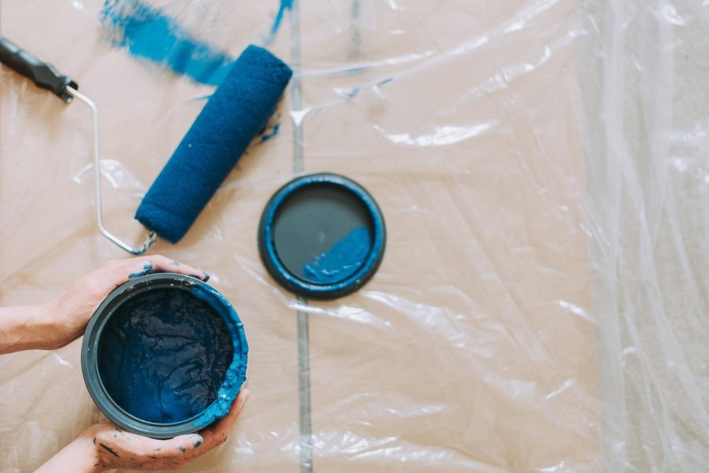 blue paint pot