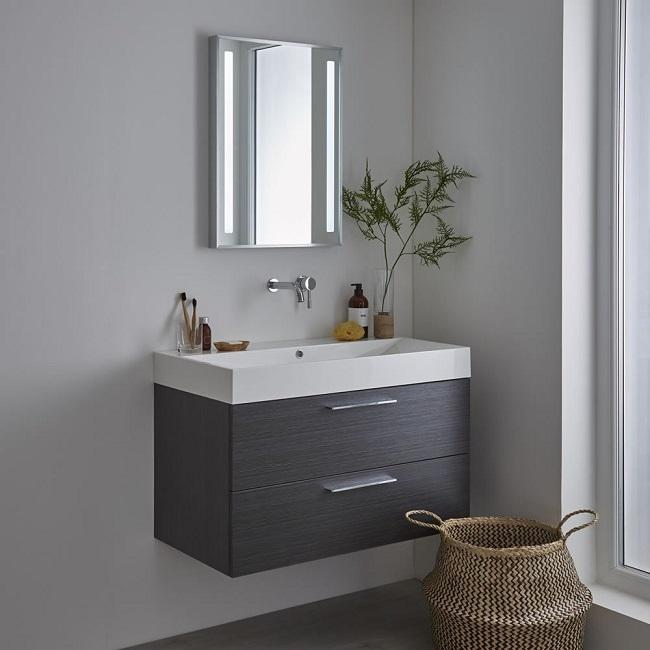 illuminated bathroom mirror
