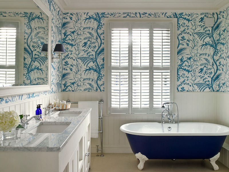 Blue Vintage Bathroom