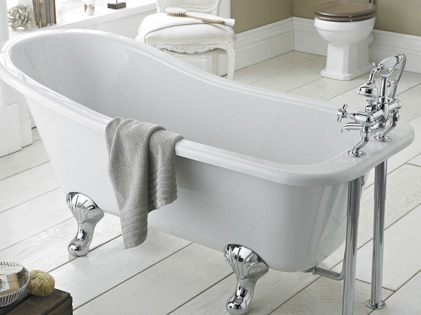 freistehende traditionelle Badewanne