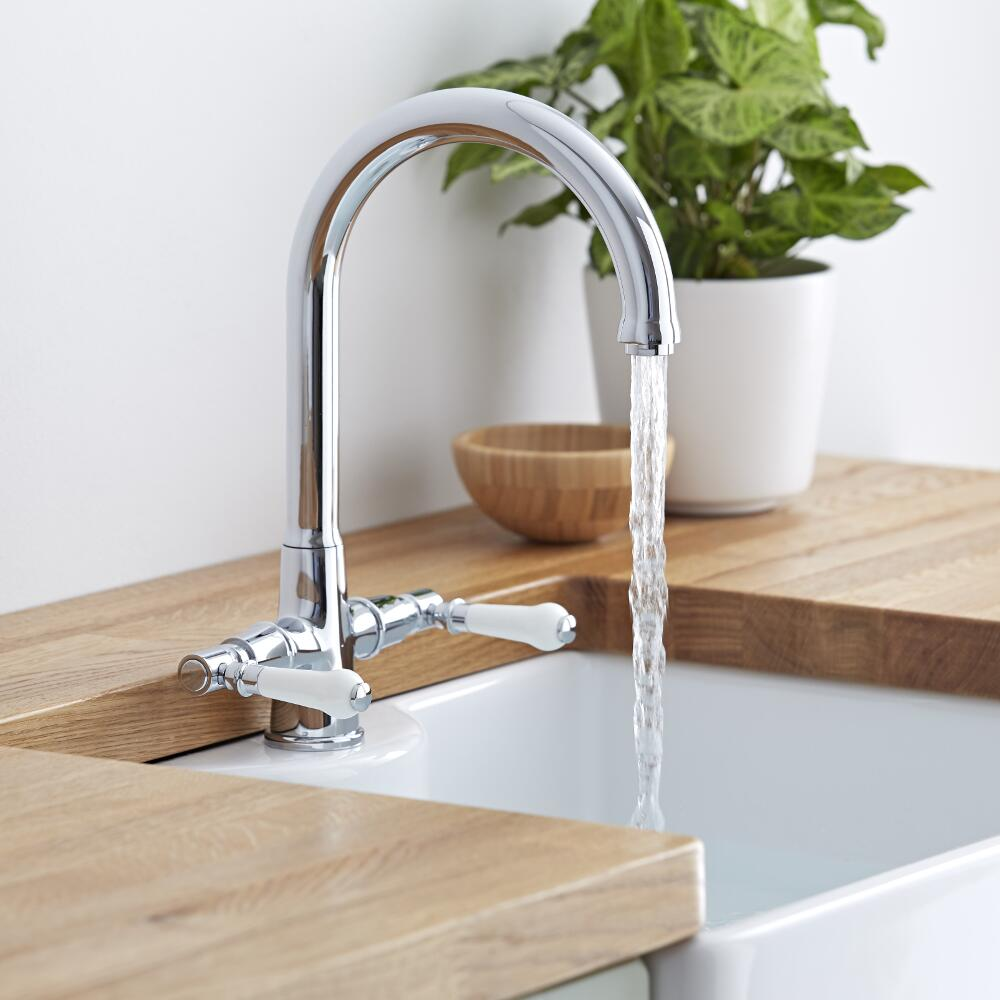 How to choose the best kitchen taps bigbathroomshop for Traditional kitchen taps