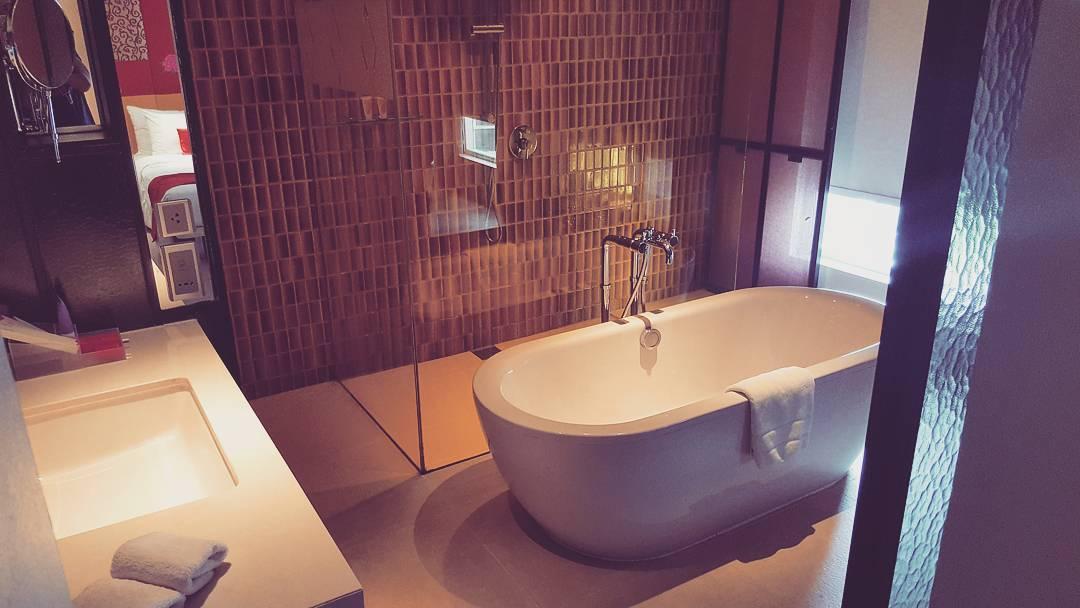 Get The Look Relaxing Retreat Big Bathroom Shop