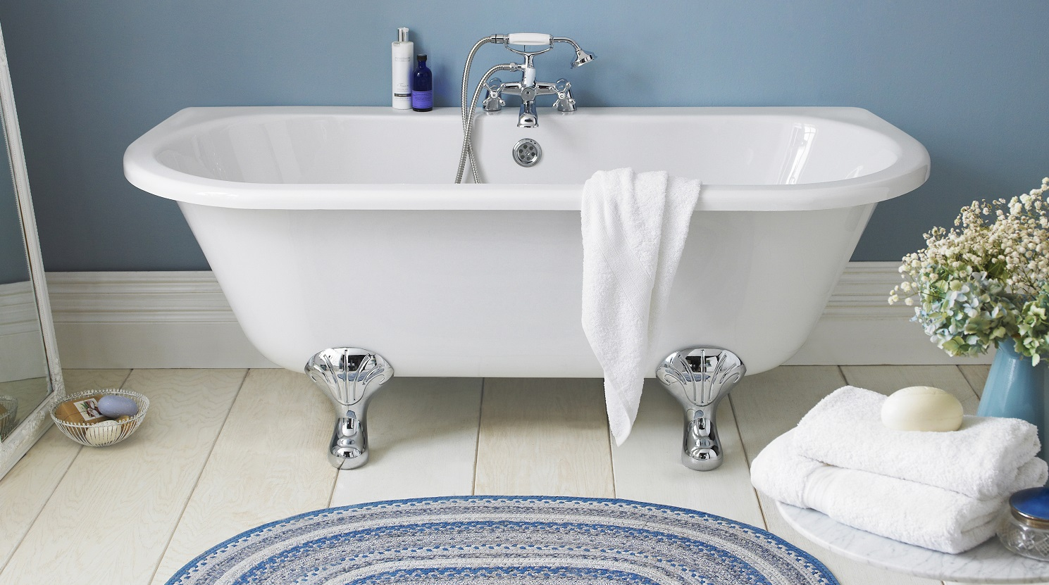 6 ways to makeover your bathroom with accessories for Bathroom accessories uk