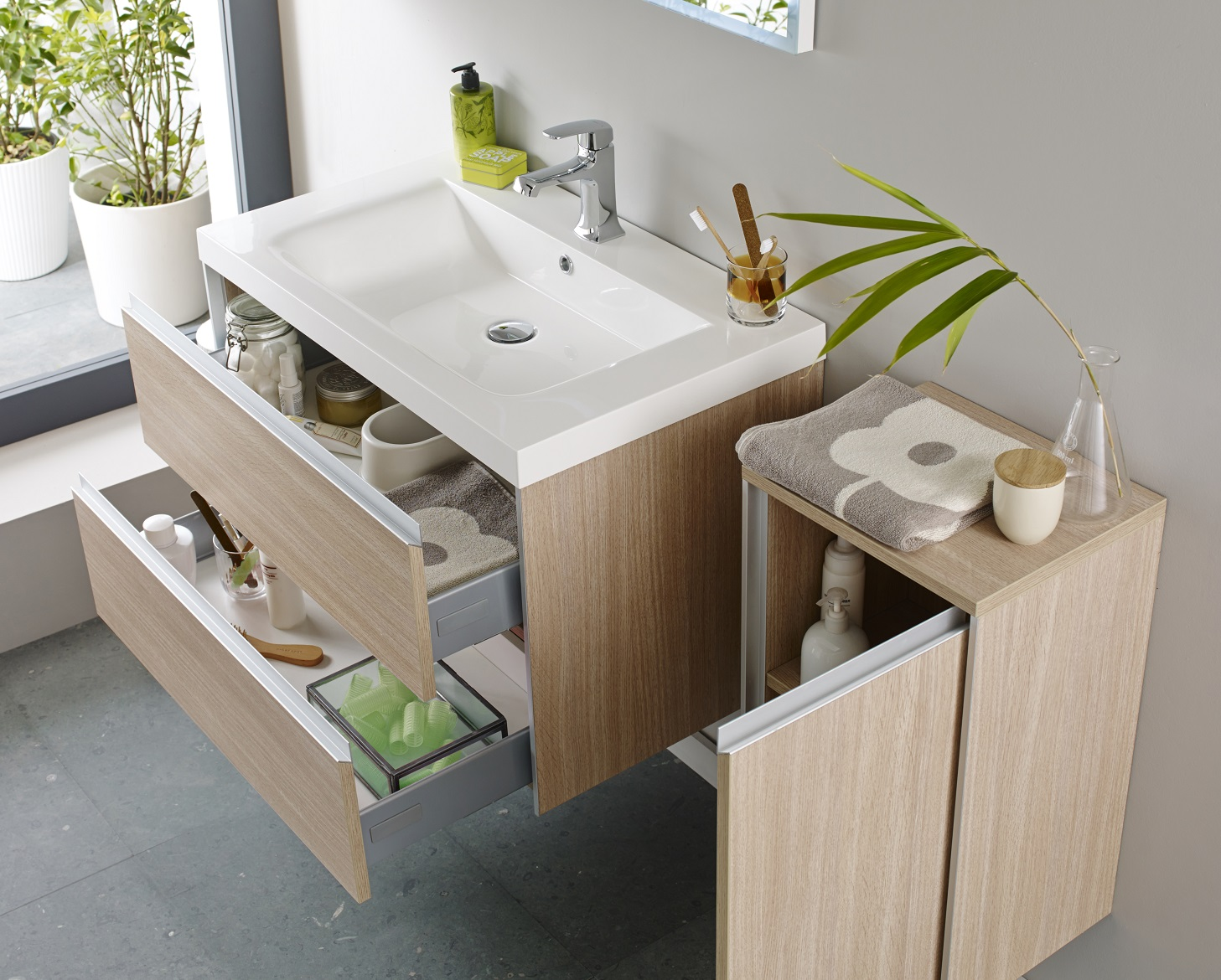 Storage was provided by fitting a vanity draw basin unit bathroom - The Main Purpose Of A Vanity Unit Is To Add Essential Storage Space To Your Bathroom And To Save You From Fitting A Separate Basin And Storage Unit Vanity
