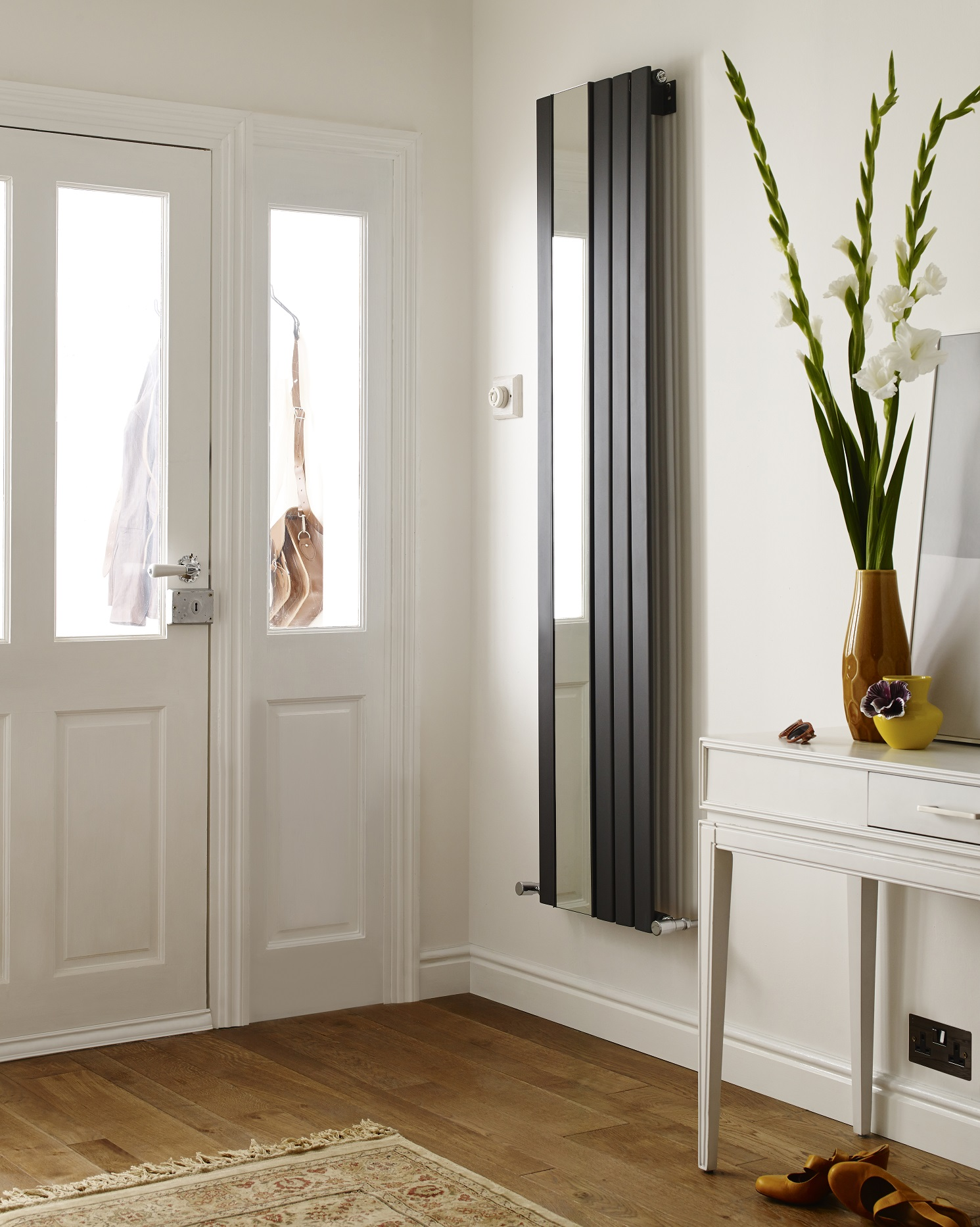 Vertical Designer Radiator With Mirror
