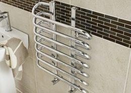 chrome-heated-towel-rail