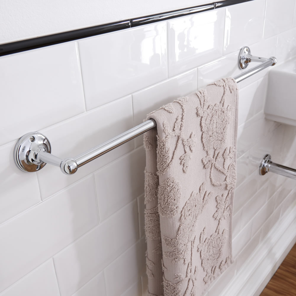 Bath Accessory Sets With Coordinating Fabric Shower Curtains ...