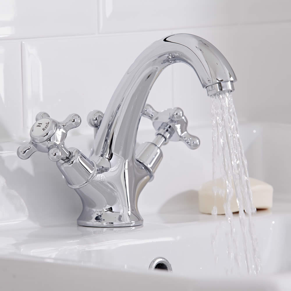 Basin Taps How To Choose The Right Type Bigbathroomshop